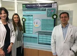 Fotografía de los premiados por la comunicación en el proyecto de investigación de la Unidad de Farmacia de Granada