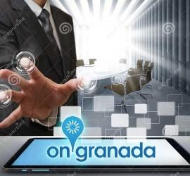 """Un empresario rodeado de nuevas tecnologías en relación con la jornada """"Agenda Digital Española"""""""