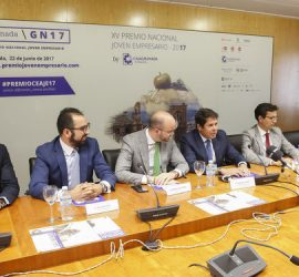 Reunión para la celebración del XV Premio Nacional de Jóvenes Empresarios que se celebrará en Granada